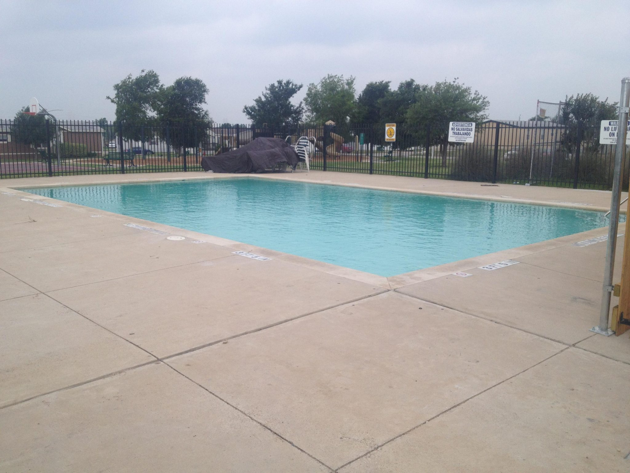 Commercial pool builder portfolio austin new wave for Commercial pools