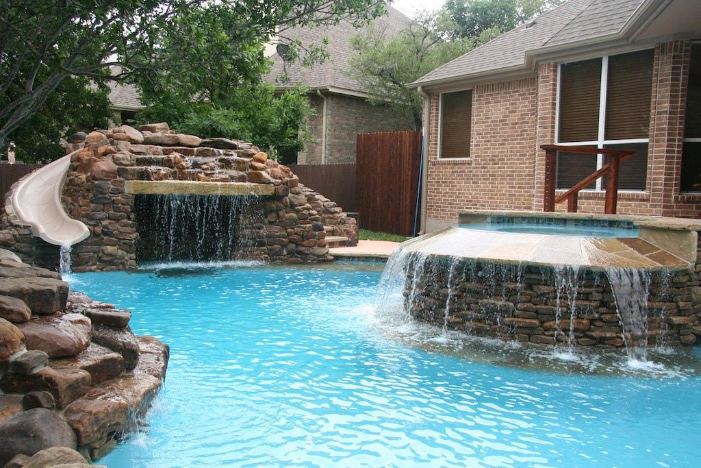 Austin Pool Builders - cool water features